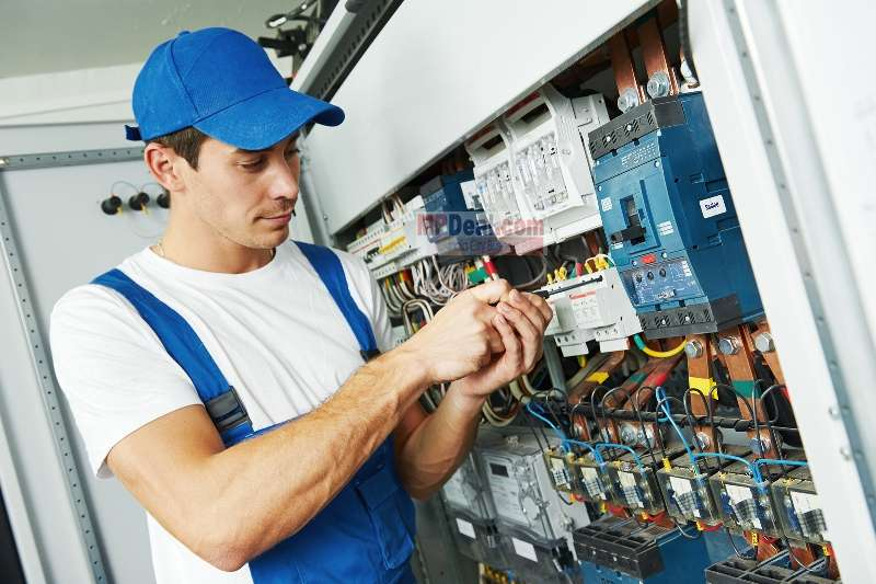 Get your inverter fixed. Image Courtesy: mpdeal.com